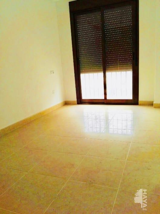 Piso en venta en Piso en Pilar de la Horadada, Alicante, 77.000 €, 3 habitaciones, 1 baño, 88 m2, Garaje
