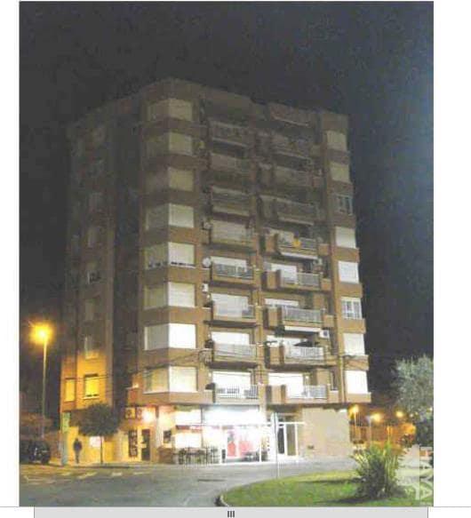 Piso en venta en Navàs, Barcelona, Plaza Catalunya, 146.400 €, 4 habitaciones, 2 baños, 136 m2