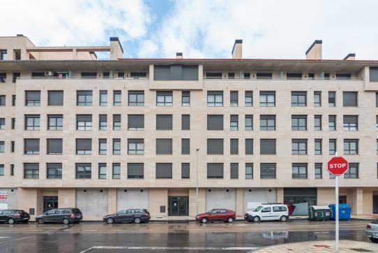 Local en venta en Durango, Vizcaya, Calle Askatasun Etobidea, 186.000 €, 169 m2