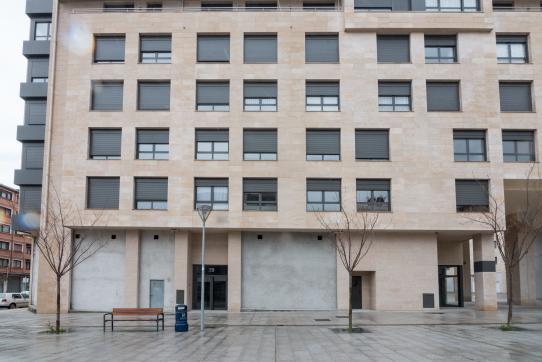 Local en venta en Durango, Vizcaya, Calle San Roke Bidea, 139.000 €, 136 m2