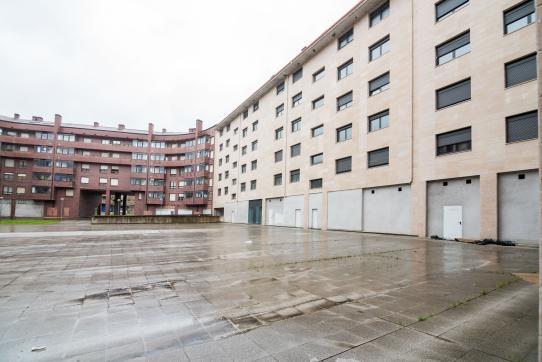 Local en venta en Durango, Vizcaya, Calle San Roke Bidea, 146.000 €, 138 m2