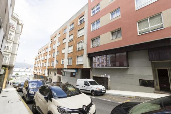 Local en venta en San Tomé de Piñeiro, Marín, Pontevedra, Calle la Estrada, 62.100 €, 221 m2