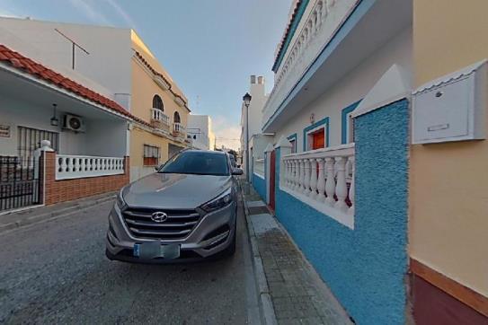 Piso en venta en Chipiona, Cádiz, Calle Flor de Loto, 99.300 €, 2 habitaciones, 1 baño, 97 m2