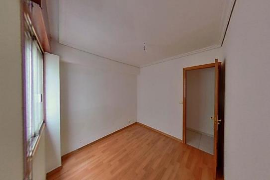 Piso en venta en Piso en Vigo, Pontevedra, 153.390 €, 3 habitaciones, 1 baño, 79 m2