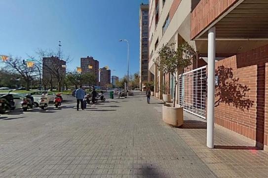 Piso en venta en Quatre Carreres, Valencia, Valencia, Calle General Urrutia, 327.726 €, 3 habitaciones, 2 baños, 124 m2