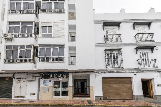 Piso en venta en Chiclana de la Frontera, Cádiz, Calle Hormaza, 58.750 €, 2 habitaciones, 1 baño, 70 m2