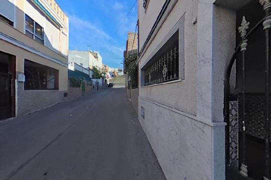 Casa en venta en Jerez de la Frontera, Cádiz, Calle Diego de Riaño, 77.391 €, 5 habitaciones, 1 baño, 175 m2
