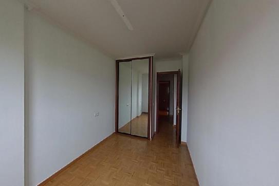 Piso en venta en Piso en Oviedo, Asturias, 90.780 €, 1 habitación, 1 baño, 67 m2