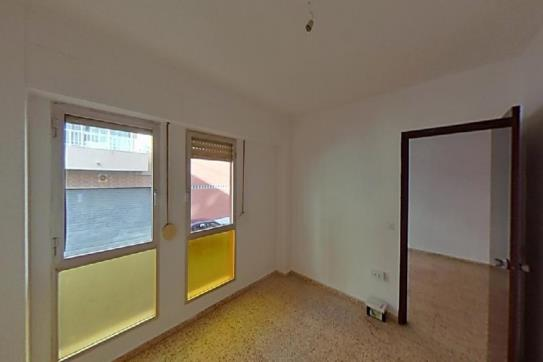 Piso en venta en Urbanización Calas Blancas, Torrevieja, Alicante, Calle San Julian, 64.260 €, 1 baño, 60 m2