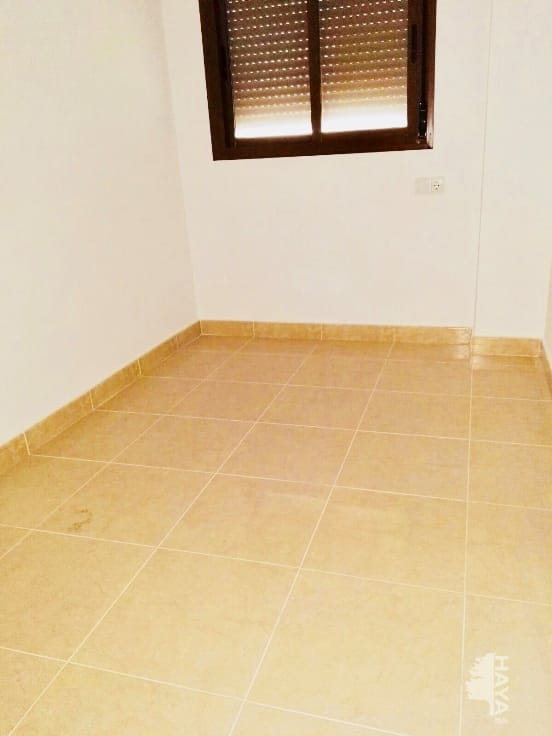 Piso en venta en Piso en Pilar de la Horadada, Alicante, 87.000 €, 3 habitaciones, 1 baño, 100 m2, Garaje