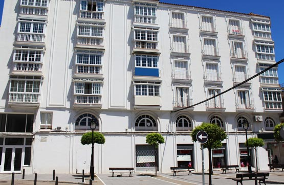Piso en venta en San García, Algeciras, Cádiz, Plaza Juan de Lima, 117.300 €, 3 habitaciones, 3 baños, 162 m2