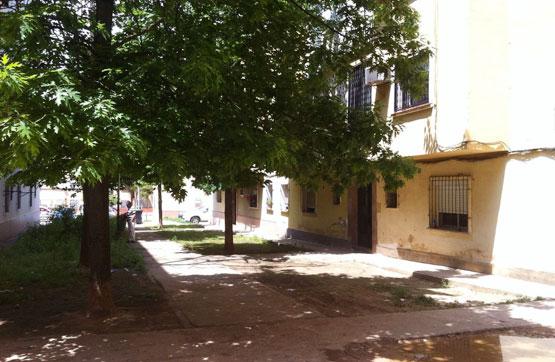 Piso en venta en Badajoz, Badajoz, Calle Jose Reynolds de Miguel, 51.850 €, 3 habitaciones, 1 baño, 58 m2