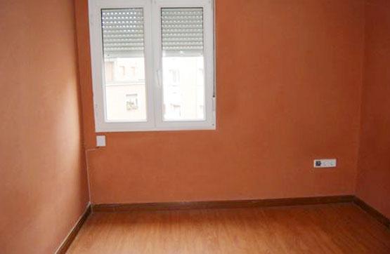 Piso en venta en Piso en Oviedo, Asturias, 62.510 €, 3 habitaciones, 1 baño, 59 m2