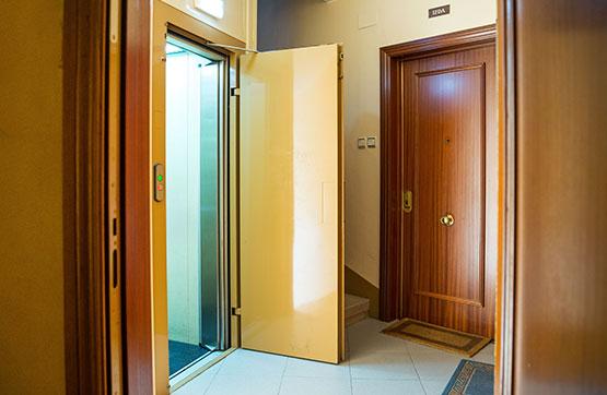 Piso en venta en Piso en Zaragoza, Zaragoza, 99.600 €, 2 habitaciones, 1 baño, 88 m2