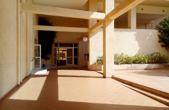 Piso en venta en Piso en Algeciras, Cádiz, 114.570 €, 3 habitaciones, 2 baños, 92 m2, Garaje