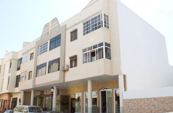 Piso en venta en La Oliva, Las Palmas, Calle Juan Sebastian Elcano, 94.000 €, 2 habitaciones, 1 baño, 65 m2