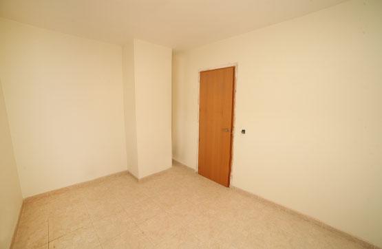 Piso en venta en Piso en Els Omellons, Lleida, 73.134 €, 4 habitaciones, 2 baños, 159 m2, Garaje