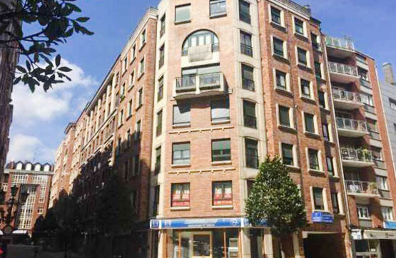 Trastero en venta en Oviedo, Asturias, Calle Foncalada, 54.670 €, 88 m2