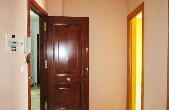 Piso en venta en Piso en Lucena, Córdoba, 66.950 €, 3 habitaciones, 1 baño, 77 m2