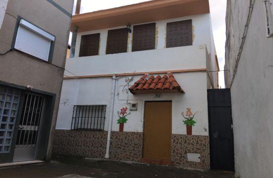 Casa en venta en Algeciras, Cádiz, Calle Tartessos, 64.870 €, 3 habitaciones, 2 baños, 127 m2