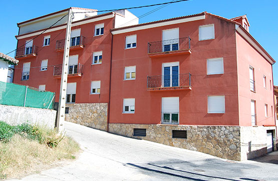 Piso en venta en Ramacastañas, Arenas de San Pedro, Ávila, Calle Peguera, 32.100 €, 1 habitación, 1 baño, 90 m2