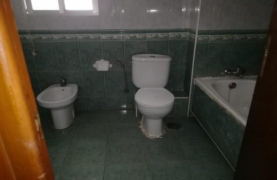 Piso en venta en Piso en Lepe, Huelva, 55.200 €, 3 habitaciones, 1 baño, 91 m2