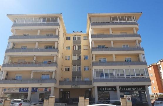 Piso en venta en Cáceres, Cáceres, Calle Miguel Serrano, 182.488 €, 4 habitaciones, 2 baños, 155 m2