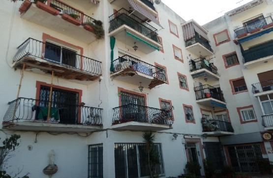 Piso en venta en Piso en Marbella, Málaga, 138.100 €, 3 habitaciones, 1 baño, 90 m2