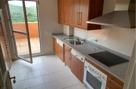 Piso en venta en Piso en Marbella, Málaga, 226.800 €, 2 habitaciones, 2 baños, 121 m2