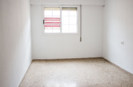 Piso en venta en Piso en Sagunto/sagunt, Valencia, 74.460 €, 4 habitaciones, 2 baños, 114 m2
