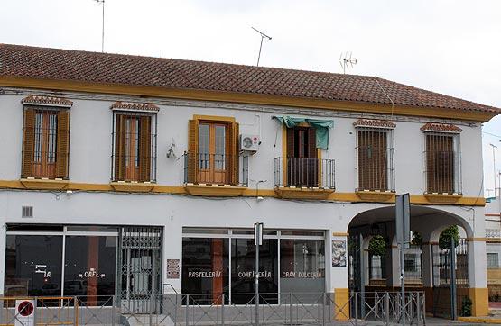 Piso en venta en Piso en Sanlúcar la Mayor, Sevilla, 94.500 €, 4 habitaciones, 2 baños, 131 m2