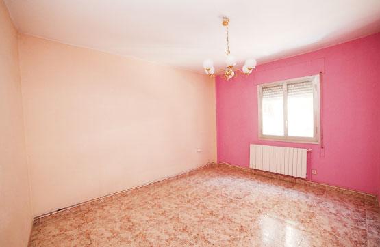Piso en venta en Xalets - Humbert Torres, Lleida, Lleida, Carretera Taquigraf Marti, 99.600 €, 4 habitaciones, 1 baño, 110 m2