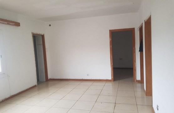 Piso en venta en Can Fàbregues, Santa Coloma de Farners, Girona, Calle San Salvador, 70.400 €, 3 habitaciones, 1 baño, 93 m2