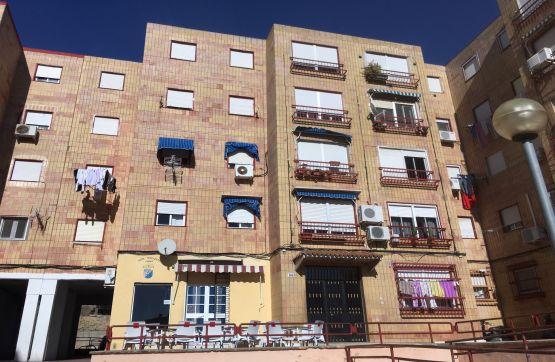 Piso en venta en Jerez de la Frontera, Cádiz, Plaza del Yunque, 35.500 €, 3 habitaciones, 1 baño, 72 m2