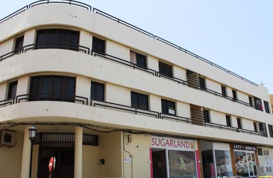 Piso en venta en La Oliva, Las Palmas, Calle Juan Sebastian El Cano, 97.500 €, 2 habitaciones, 1 baño, 68 m2