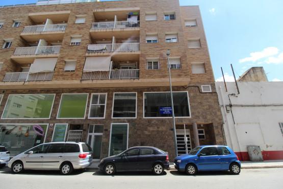 Piso en venta en Mas de Miralles, Amposta, Tarragona, Calle Sant Cristofol, 61.400 €, 2 habitaciones, 2 baños, 85 m2