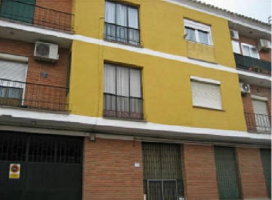 Piso en venta en Piso en Mora, Toledo, 64.800 €, 3 habitaciones, 1 baño, 120 m2