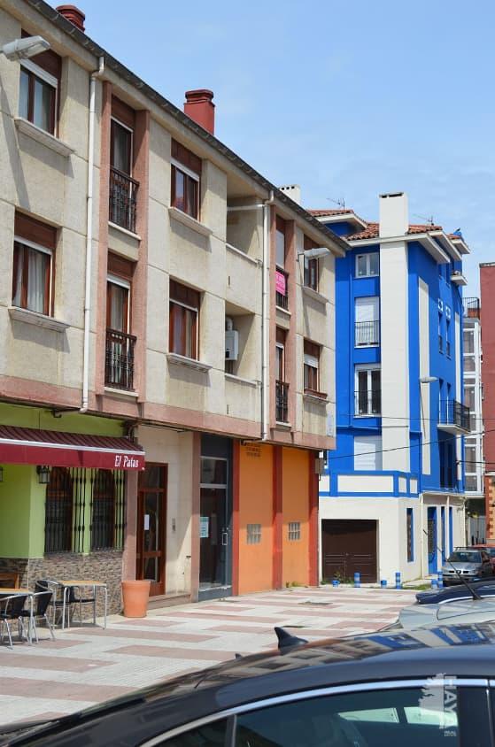 Piso en venta en La Llama, Torrelavega, Cantabria, Calle Escritor Rafael Barret, 65.000 €, 1 habitación, 1 baño, 66 m2