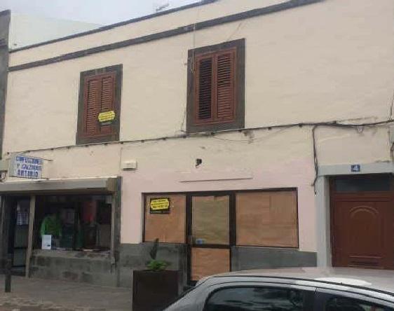 Piso en venta en Piso en Moya, Las Palmas, 125.000 €, 3 habitaciones, 2 baños, 153 m2