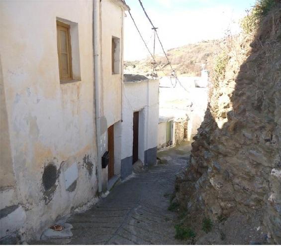 Piso en venta en Piso en Busquístar, Granada, 47.900 €, 6 habitaciones, 1 baño, 123 m2