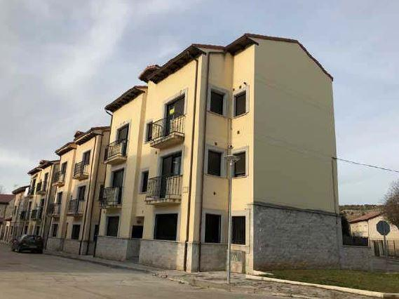 Piso en venta en Arauzo de Miel, Burgos, Calle los Resineros, 67.100 €, 2 habitaciones, 1 baño, 72 m2