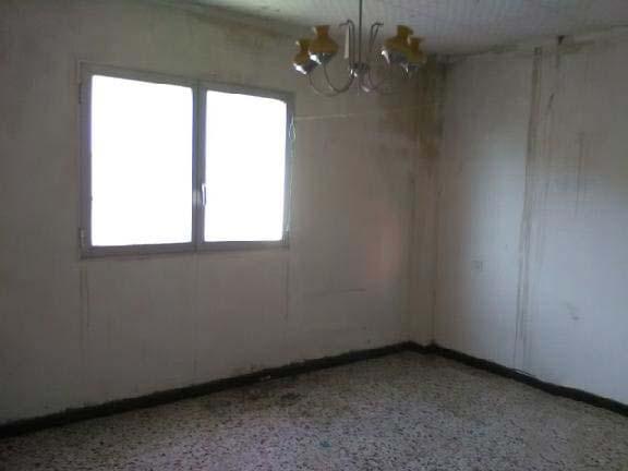 Casa en venta en Casa en Les Borges Blanques, Lleida, 84.500 €, 4 habitaciones, 1 baño, 467 m2, Garaje