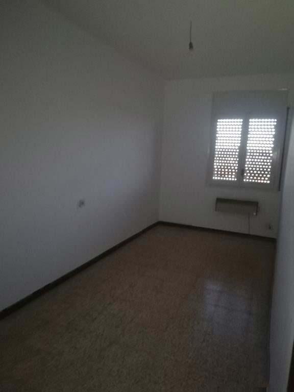 Piso en venta en Piso en Agramunt, Lleida, 64.950 €, 4 habitaciones, 2 baños, 110 m2