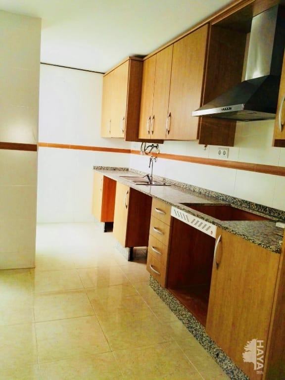 Piso en venta en Piso en Pilar de la Horadada, Alicante, 81.000 €, 3 habitaciones, 1 baño, 92 m2, Garaje