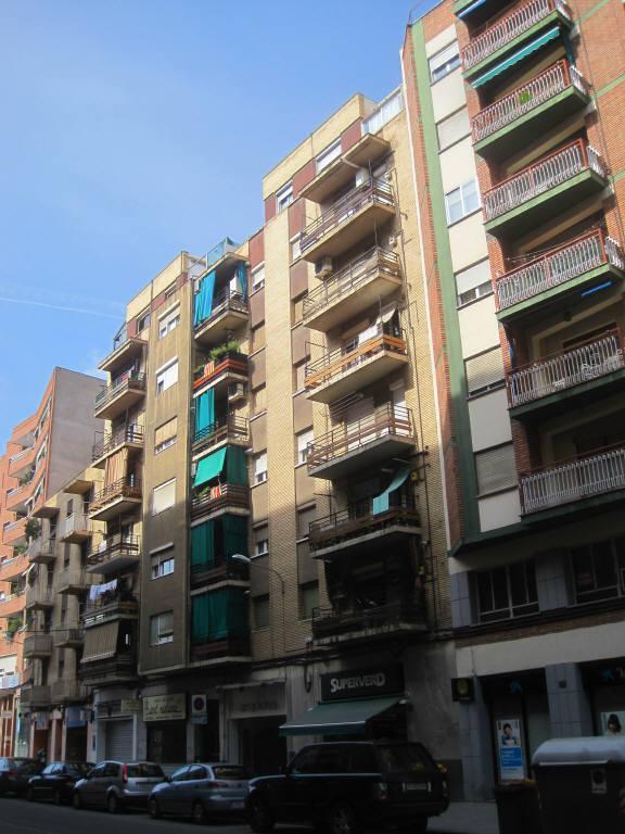 Piso en venta en Instituts - Templers, Lleida, Lleida, Calle Lluis Companys, 52.100 €, 3 habitaciones, 1 baño, 95 m2