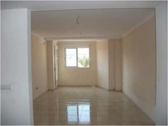 Piso en venta en Piso en Oliva, Valencia, 96.800 €, 4 habitaciones, 2 baños, 115 m2
