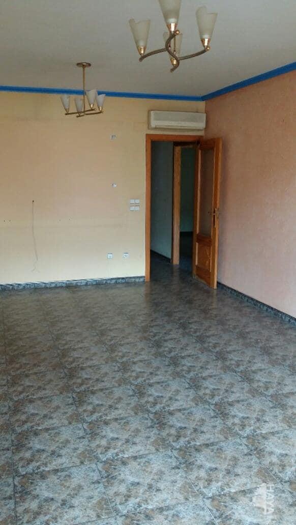 Piso en venta en Las Esperanzas, Pilar de la Horadada, Alicante, Calle Zaragoza, 74.700 €, 3 habitaciones, 1 baño, 82 m2
