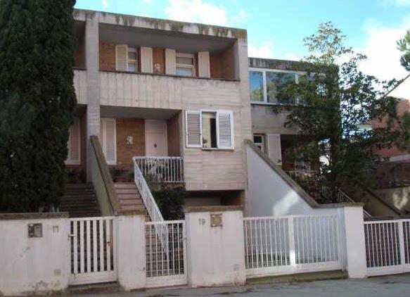 Casa en venta en Casa en Tàrrega, Lleida, 219.000 €, 4 habitaciones, 2 baños, 186 m2, Garaje