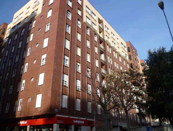 Piso en venta en León, León, Calle Dos Hermanas, 215.000 €, 4 habitaciones, 2 baños, 161 m2