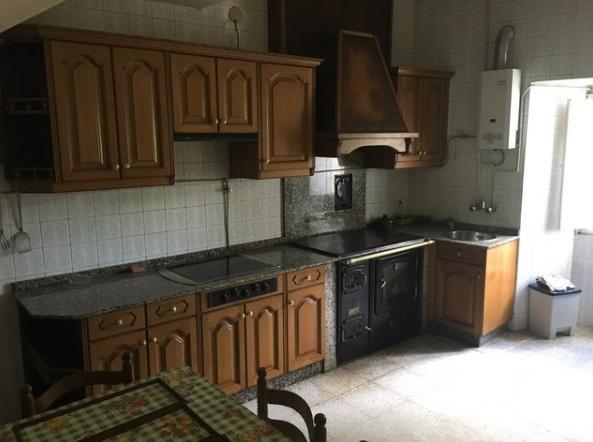 Casa en venta en Casa en Narón, A Coruña, 65.000 €, 5 habitaciones, 1 baño, 140 m2